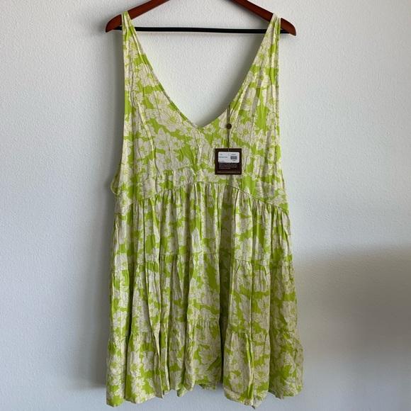 acacia swimwear Dresses & Skirts - ACACIA HAVANA DRESS IN NEON MAGNOLIA PRONT